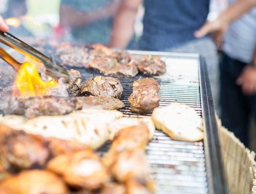 Fleisch am Grill